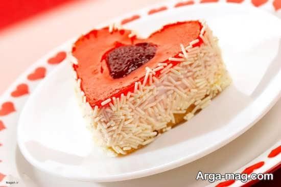 تزیین متنوع و جذاب کیک قلبی