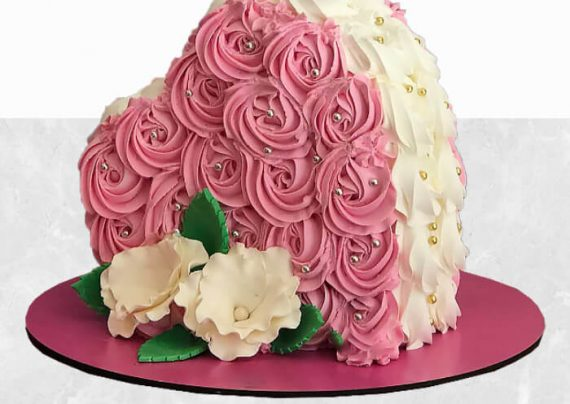 تزیین کیک قلبی