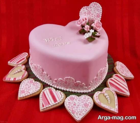 دیزاین کیک قلبی با ایده ای جذاب