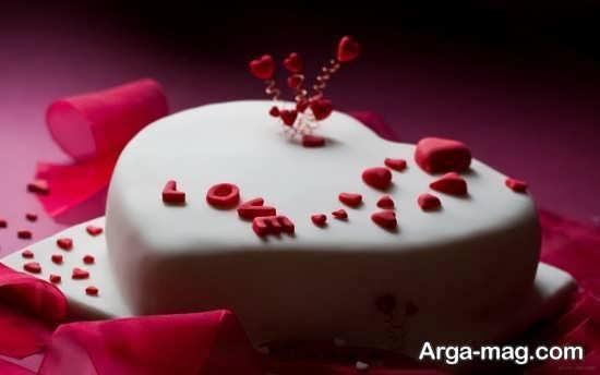 دیزاین ساده کیک قلبی