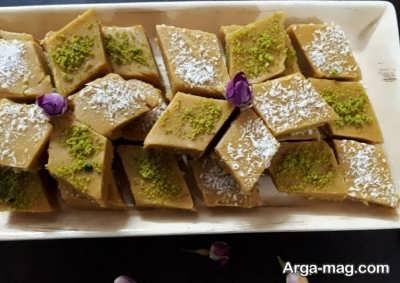 طرز تهیه حلوای آرد نخودچی با طعم عالی
