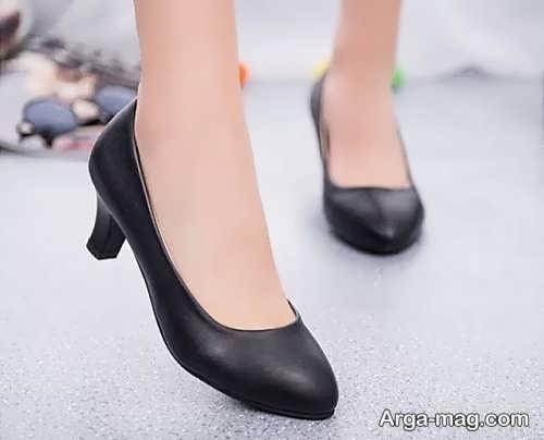 کفش پاشنه کوتاه زنانه