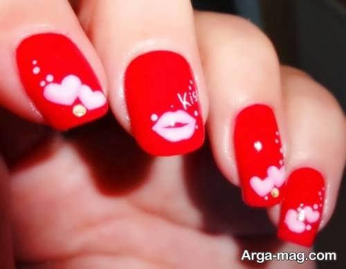 طراحی ناخن عاشقانه با لاک قرمز و سفید