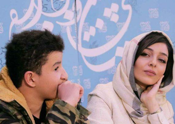 ساره بیات در اکران فیلم کروکودیل