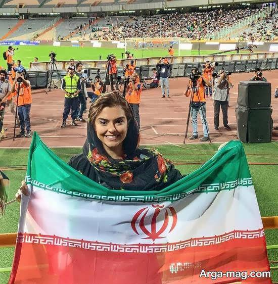 حضور دنیا مدنی در ورزشگاه آزادی برای تماشای فوتبال