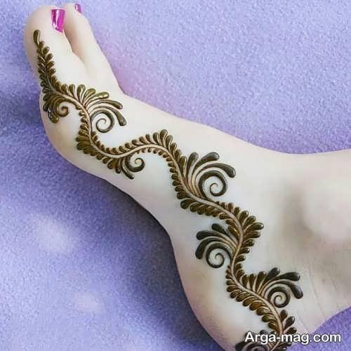 طرح زیبای حنای روی پا