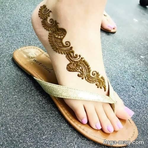 طرح زیبا و خلاقانه حنای روی پا