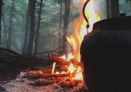 روشن کردن آتش با آب در طبیعت