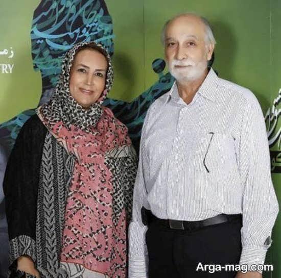 تصویر عاشقانه از محمود پاک نیت کنار همسرش