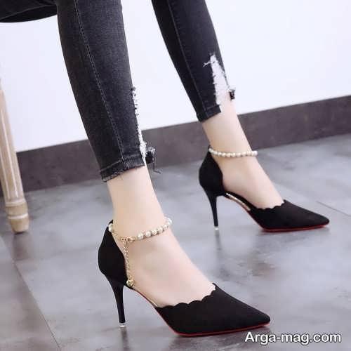 طرح کفش پاشنه دار