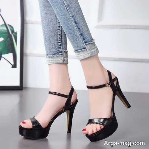 کفش جلوباز