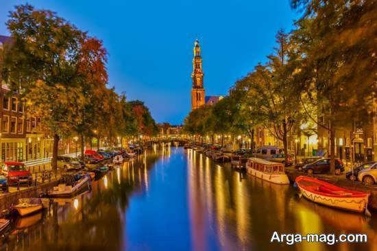 کشور هلند کشوری شناخته شده با گل و آسیاب های بادی و دو چرخه