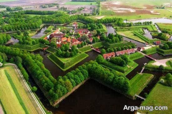 کشور هلند کشوری زیبا که 70 درصد آن را آب تشکیل می دهد