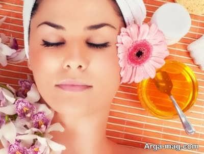 داشتن پوستی به دور از تیرگی با عسل