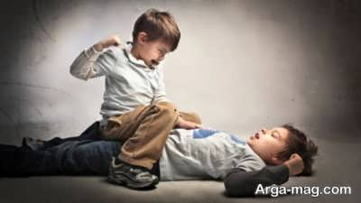 رفتار صحیح با کودک زورگو