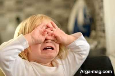 دادن زدن بر روی کودک چه عواقبی دارد