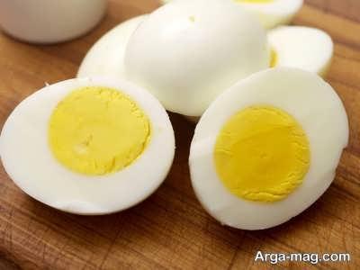 زمان دادن تخم مرغ به نوزاد