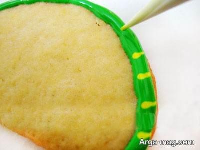 تزیین شیرینی با آیسینگ