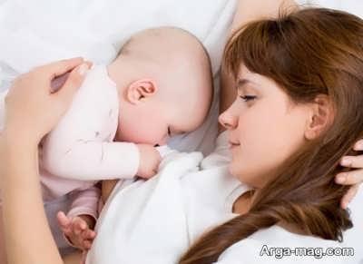 بی قراری و گریه نوزاد هنگام شیر خوردن