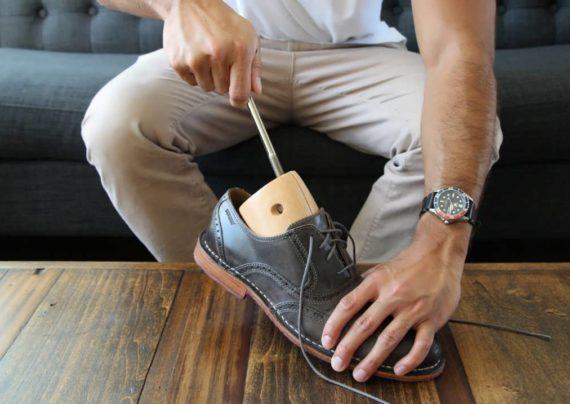 گشاد کردن کفش تنگ
