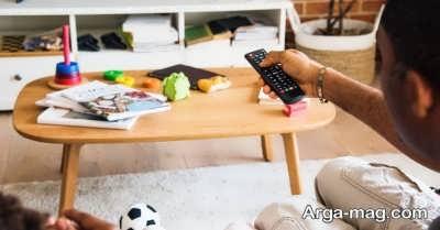 خاموش کردن تلویزیون هنگام غذا خوردن کودک
