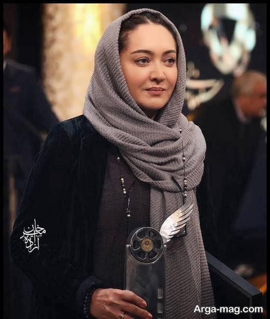 چهره ی صمیمی نیکی کریمی در مراسم سپاس تهیه کنندگان سینما