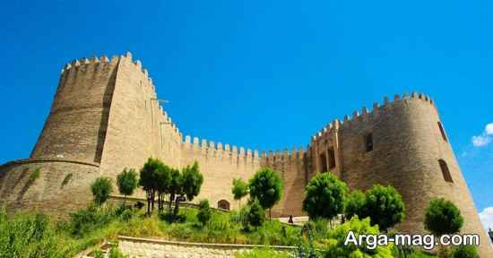 قلعه تاریخی لرستان