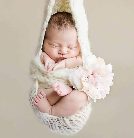 عکس آتلیه ای نوزاد برای پروفایل
