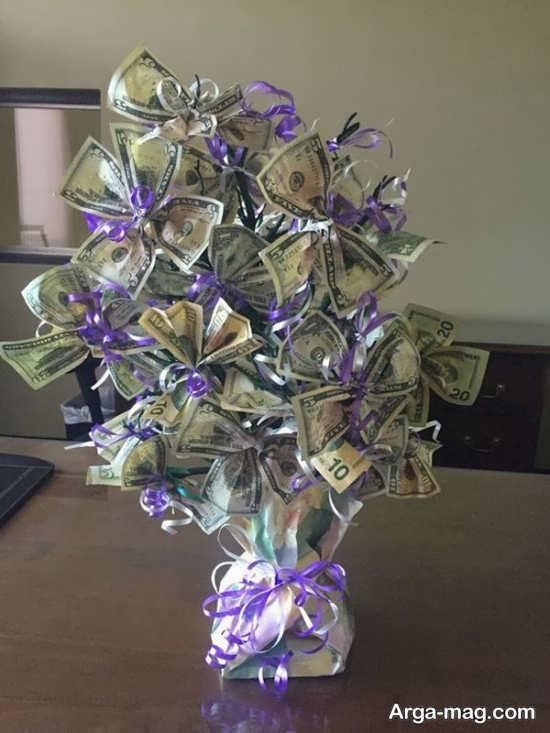 دسته گل آذین شده با پول+عکس