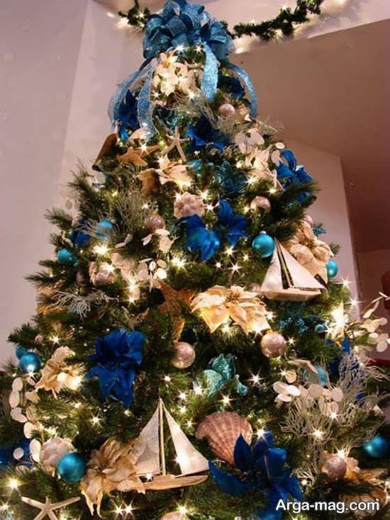 تزیینات هنرمندانه درخت کریسمس