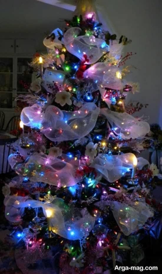 تزیینات درخت کریسمس با طرح زیبا