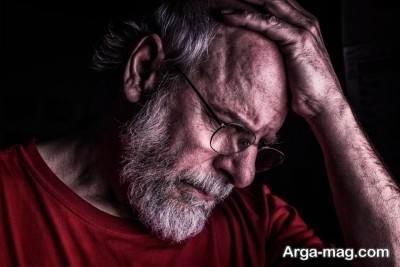 آشنایی با نشانه های مردان افسرده