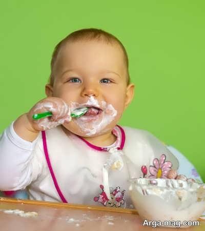 قرار دادن لبنیات در تغذیه کودک سه ساله