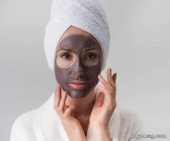 درمان منافذ باز پوست با فندق