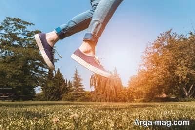 پیاده روی زیر نور خورشید برای درمان اختلال خلقی فصلی