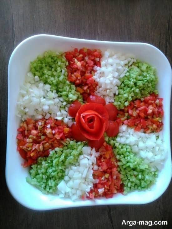 سالاد شیرازی به شکل گل