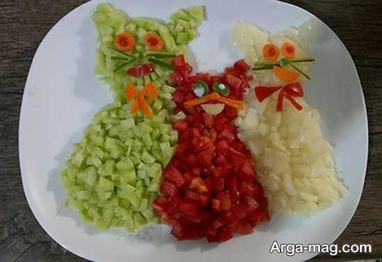 تزیین سالاد خیار و گوجه