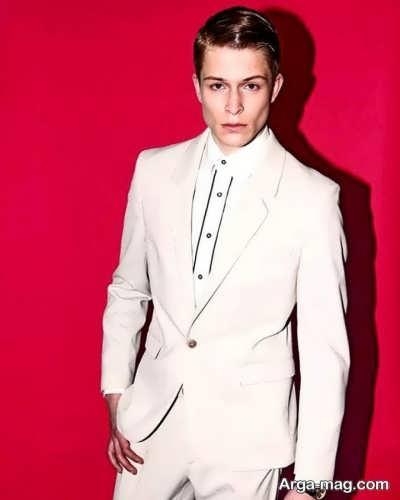 انتخاب کت و شلوار دامادی با رنگ سفید