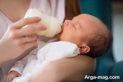ششیر دادن به کودک برای درمان عفونت ادراری در نوزاد