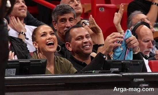 جنیفر لوپز و همسرش رودریگز در تماشای تیم محبوب بستکبال خود