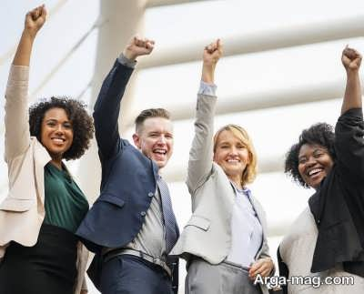 از ویژگی های افراد موفق می توان به اشتیاق آن ها در رسیدن به هدف اشاره کرد.