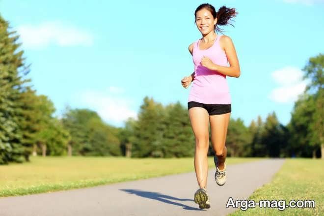 ورزش و پیاده روی سبک در جلوگیری از نفخ شکم بسیار موثر است