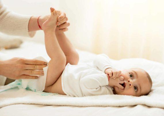 وجود خون در پوشک نوزاد