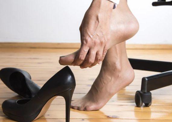 عوارض ناشی از کفش پاشنه بلند
