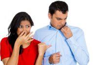 روش های از بین بردن بوی نم لباس