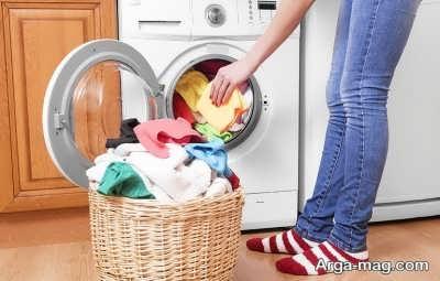 از بین بردن بوی نم در انواع لباس