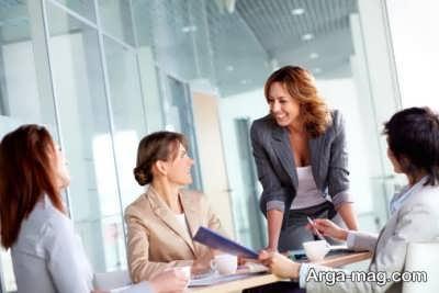 ریسک کردن از کار هایی می باشد که اغلب زنان موفق آن را انجام می دهند