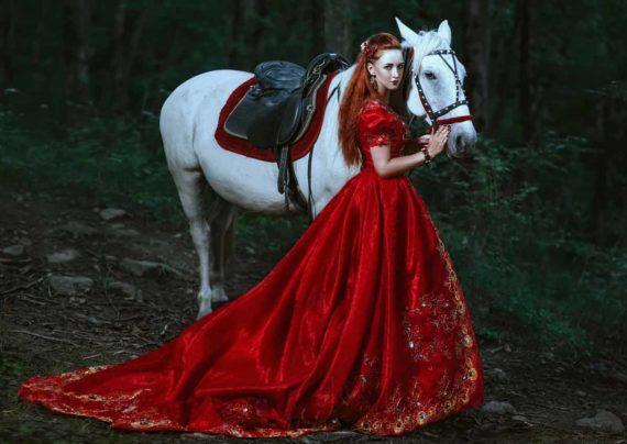 آشنایی با انواع ژست عکس با اسب