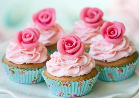 طرز تهیه برای کیک گل سرخ