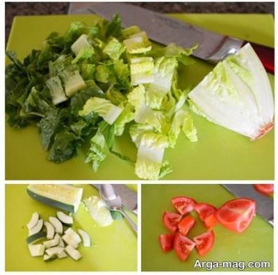 خرد کردن کاهو و گوجه و خیار